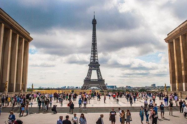 week-end groupes au départ de tour eiffel paris pour bordeaux
